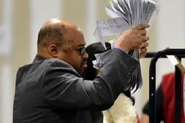 Ralph Jones, Fulton County Georgia Voter Registration Chief, has resigned amid his corrupt hand in the 2020 election fraud. This is a BIG WIN for election integrity! Keep em coming!